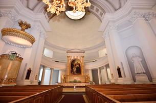 ヘルシンキ大聖堂内部の写真素材 [FYI01563512]