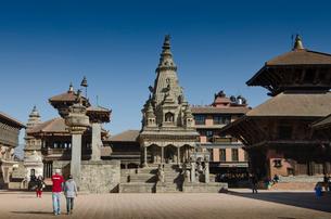カトマンズ 旧王宮や沢山の寺院が並ぶダルバール広場の写真素材 [FYI01563931]