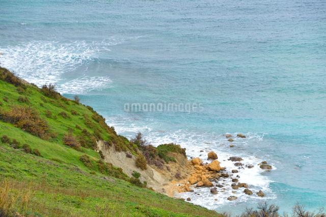 赤い砂浜のラムラベイ付近の風景の写真素材 [FYI01564073]