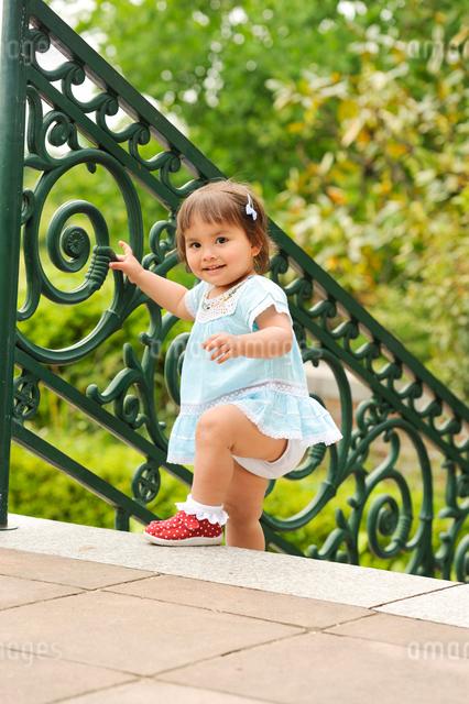 公園の子どもの写真素材 [FYI01566298]