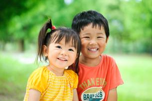 公園の子どもの写真素材 [FYI01566363]