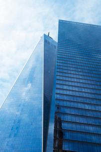 1ワールドトレード センターと7ワールドトレードセンターの写真素材 [FYI01569896]