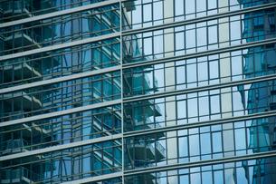 ブルックリン,ウォーターフロント新興高層住宅のウインドーの写真素材 [FYI01569937]