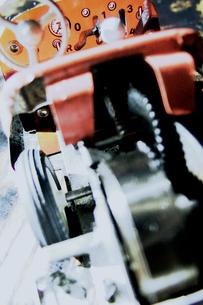壊れた玩具の自動車の写真素材 [FYI01570401]
