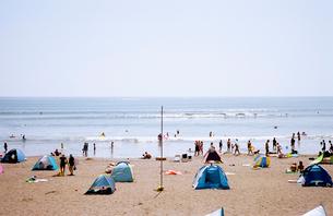 鵠沼海岸海水浴場の写真素材 [FYI01570803]