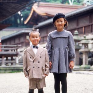 七五三の子供の写真素材 [FYI01571246]