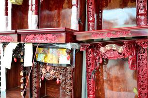 仏壇店の写真素材 [FYI01580907]