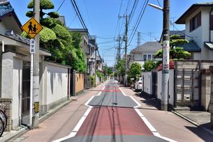 武蔵野市吉祥寺東町の住宅街の写真素材 [FYI01582337]