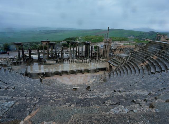 ドゥッガローマ遺跡の写真素材 [FYI01582473]