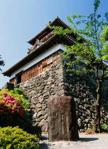 丸岡城と歌碑の写真素材 [FYI01582727]