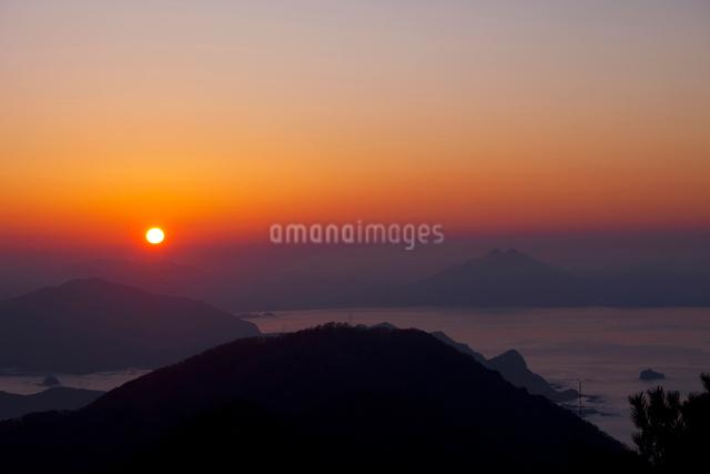 若狭湾の夕景の写真素材 [FYI01583029]