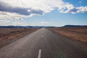 カスバ街道の道の写真素材 [FYI01583075]