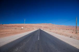 カスバ街道の道の写真素材 [FYI01583198]