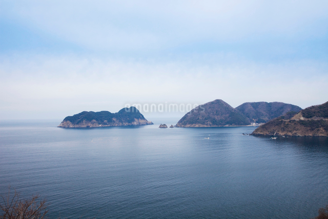 常神半島の海岸の写真素材 [FYI01583496]