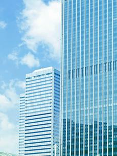 高層ビルの写真素材 [FYI01586282]
