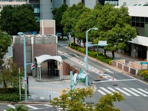 街中のエレベーターの写真素材 [FYI01586408]