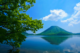 榛名湖と榛名富士の写真素材 [FYI01586517]