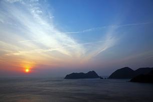 常神半島夕日の写真素材 [FYI01587539]