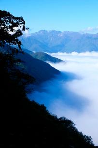 白山連峰と雲海の写真素材 [FYI01588363]