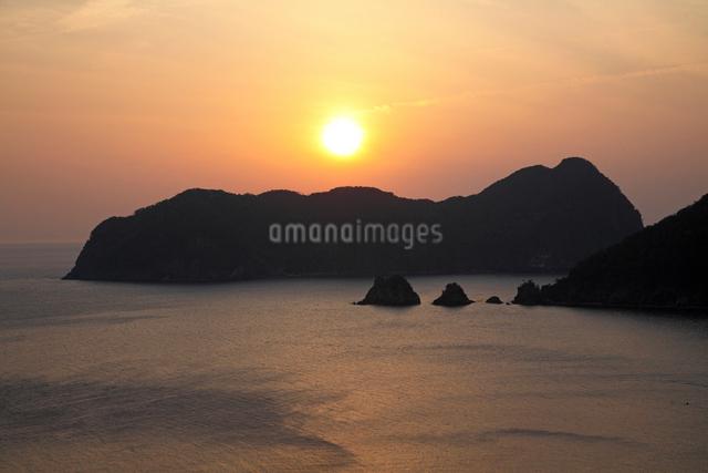 常神半島夕日の写真素材 [FYI01589504]