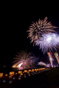 千代田の祭 川せがき花火大会の写真素材 [FYI01590114]