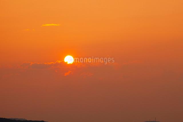 夕日の写真素材 [FYI01591559]