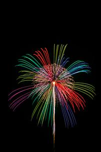 常総きぬ川花火大会の打ち上げ花火の写真素材 [FYI01591889]
