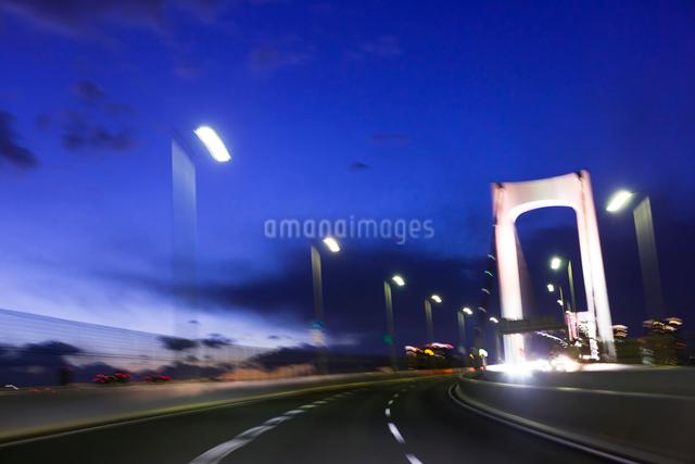 首都高速道路 レインボーブリッジの写真素材 [FYI01592170]