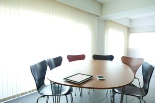 ミーティングのテーブルの写真素材 [FYI01594471]