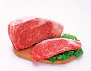 サーロインステーキ肉の写真素材 [FYI01594512]