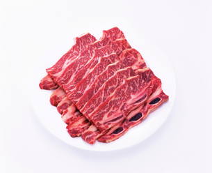 牛肉 骨付カルビの写真素材 [FYI01594522]
