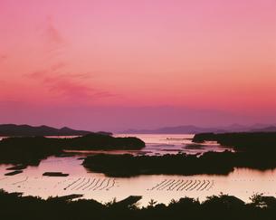 英虞湾の夕照の写真素材 [FYI01594937]