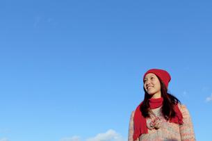 ニット帽をかぶった女性の写真素材 [FYI01594983]