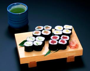細巻き寿司の写真素材 [FYI01595016]