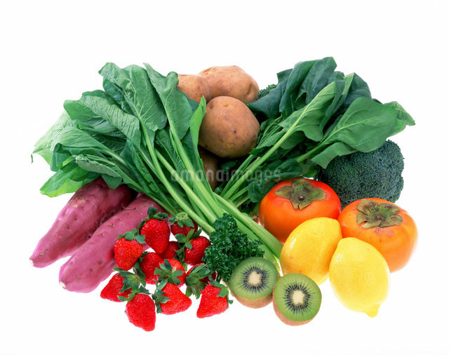ビタミンCを多く含む野菜と果物の写真素材 [FYI01595329]