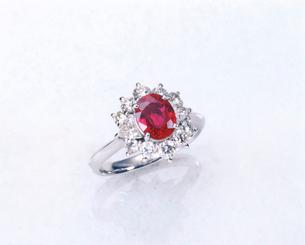 ルビーの指輪の写真素材 [FYI01595414]