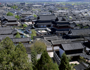 麗江古城の写真素材 [FYI01595752]