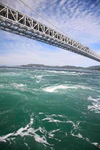 鳴門のうずしお 大鳴門橋の写真素材 [FYI01596035]