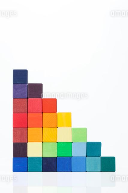 カラフルな積み木の写真素材 [FYI01597050]