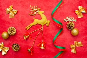 クリスマスのオーナメントの写真素材 [FYI01598191]