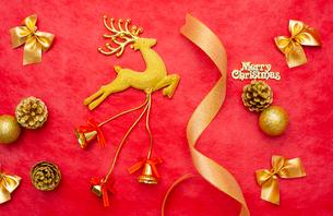 クリスマスのオーナメントの写真素材 [FYI01599060]
