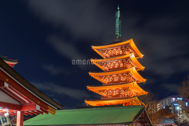 浅草寺,五重塔の写真素材 [FYI01599949]