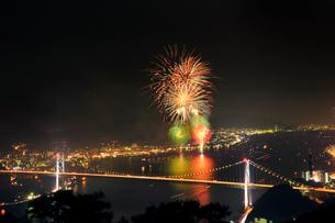 海峡花火大会の写真素材 [FYI01600502]