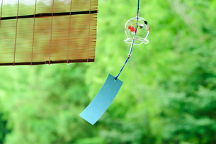 風鈴とすだれの写真素材 [FYI01600787]