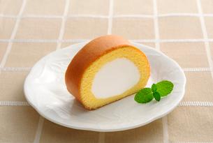 ロールケーキの写真素材 [FYI01601301]