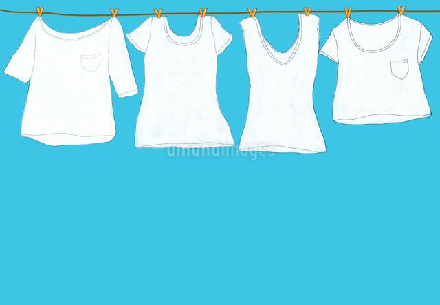 白い洗濯物のイラスト素材 [FYI01601475]