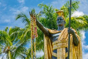 ハワイ島ヒロのカメハメハ大王像の写真素材 [FYI01602112]