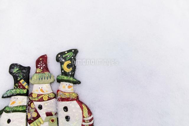 雪だるまのクリスマスイメージの写真素材 [FYI01603030]