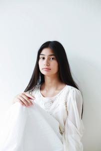 10代の女の子の写真素材 [FYI01603100]