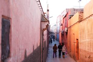 モロッコ マラケシュの旧市街 の写真素材 [FYI01603260]